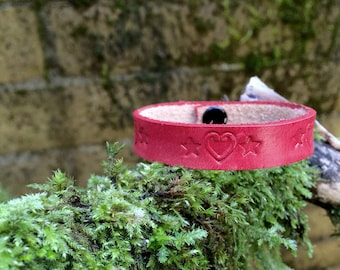 Leather diffuser bracelet - heart and star tooled design on red premium leather - aromatherapy