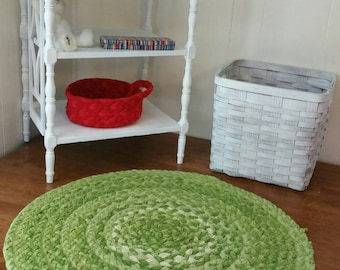 "Green braided cotton rug 30"" across shabby chic"