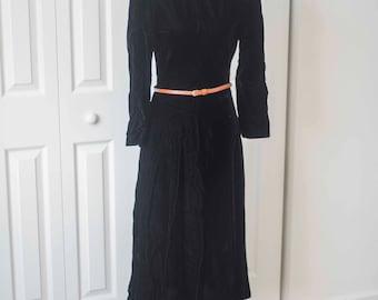 Black Velvet || 1980s Vintage || Black Witches Costume