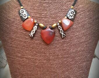 Etnic/tribal macramé necklace