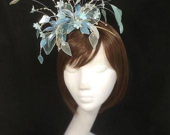 Blaue Fascinator, Mutter der Braut Hut, einzigartige Fascinator, verschleierte Fascinator, maßgeschneiderte Design, Aussage Hut, Perle blau Hut