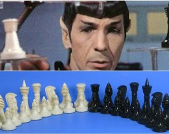 Ganine Classic chess game set pieces Star Trek 3D