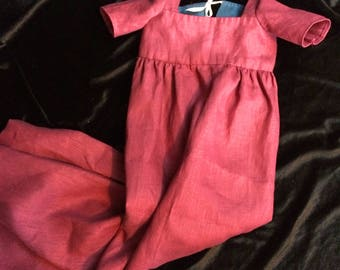 Baby's 18th century gown in cranberry linen, 3-6 months