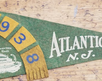 1938 ATLANTIC CITY, NJ old vintage felt nautical pennant