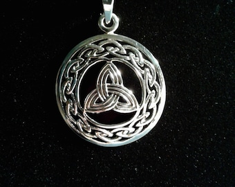 Sterling Silver Celtic Trinity Knot Work Pendant #1218