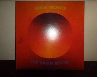 Vintage 1975 Vinyl LP Record For Earth Below Robin Trower Psychedelic Rock Excellent Condition 8402