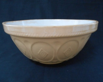 Large TG Green Gripstand Mixing Bowl 1950's  #00111