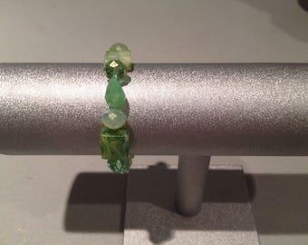 Elegant Green Stone Stretch Bracelet