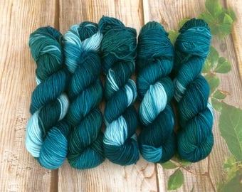 Pure merino superwash aran weight ,handdyed yarn 100g- Mermaid grass.