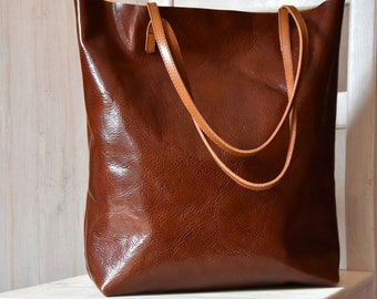 Bucket Bag – MINIMAL CHIC in Cognac Brown - Leather Tote Bag, Leather Tote, Brown Leather Tote, Custom Tote Bag, Tote Bag With Pockets