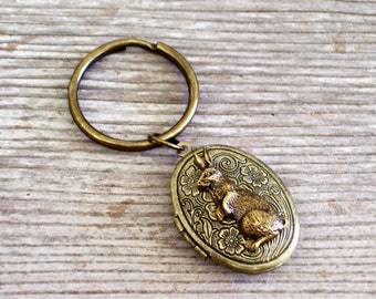 Bunny Locket Keychain, Brass Floral Locket, Flower Locket, Rabbit Locket, Oval Brass Locket, Antiqued Brass Plated Key Ring, Easter Bunny