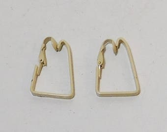 Beige Clip On Metal Earrings, Painted, Enameled, Triangle Shape, Never Worn, Vintage 80s, Costume Jewelry