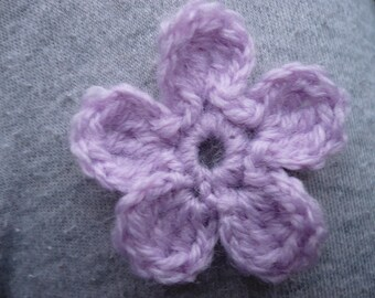 Title: light pink crochet flower