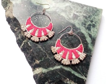 Embroidered by hand, flowers, Silver earrings and Fuchsia.