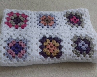 Pretty Granny squares crochet baby cot blanket/throw in pinks/purples