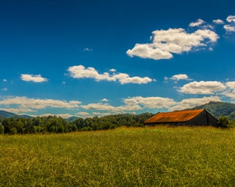 Old Barn in Townsend - Fine Art Print by Mike Sutton Jr.