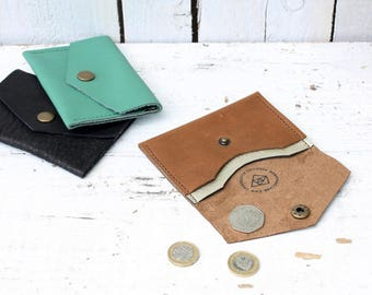 Leather popper purse with gold pocket