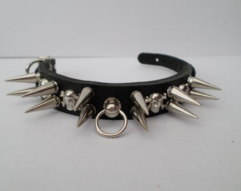 small chihuahua leather spiked dog collar 20mm spikes and skull studs 20mm wide gothic dog collar