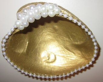 Seashell Gold Painted Ring Dish, Jewelry Dish, Decoration,Beach House, Cape Cod Quahog Shell