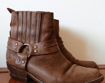 Vintage // SANCHEZ HARNESS BIKER Boots // Amazing Brown Leather Festival Boots // Western Cowgirl Gypsy Boots // Size 6.5AU