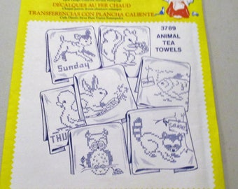 Aunt Martha's Hot Iron Transfers #3789 Animal Tea Towels Days Of The Week