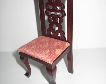 Dollhouse Miniature Side Chair with Diamond Pattern Padded Seat 1:12 Scale Furniture