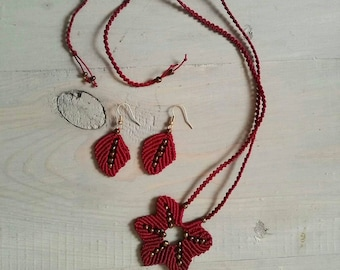 Macrame necklace and earings