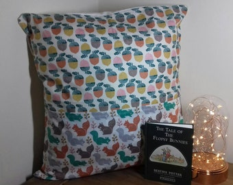 Squirrels & Acorns - Reading Cushion (Book Cushion ~ Childrens Gifts ~ Gifts for her ~ Gifts for him ~ Birthday ~ Nature ~ Animals ~ Wildlif