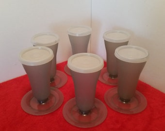Vintage tupperware dessert cups, parfait cups, jello or pudding cups, set of 6 with lids in smokey grey