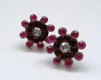 ns-Vintage Look Pink and Red Rhinestone Stud Earrings