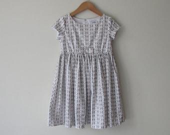 Girl's size 3 dress