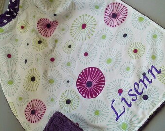napkin / elastic bib personalized with name embroidery