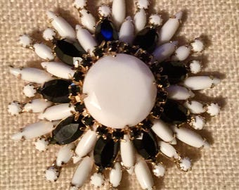"""Signed Hattie Carnegie black and white floral brooch 3"""""""