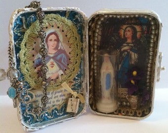 Custom! Blessed Mother, Virgin Mary Assemblage Shrine Altered Shrine Pocket Shrine Travel Shrine Mixed Media Shrine Altoid Tin