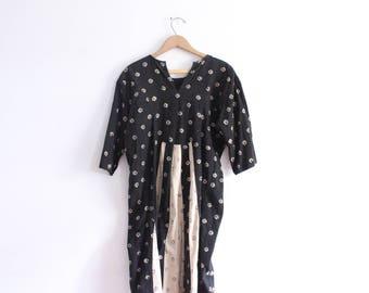 Little Pattern Witchy Midi Dress