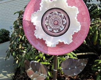glass garden art, plate flower, yard art, suncatchers, garden ornament, upcycled, repurposed, outdoor decor,flower, Birthday, gardening gift