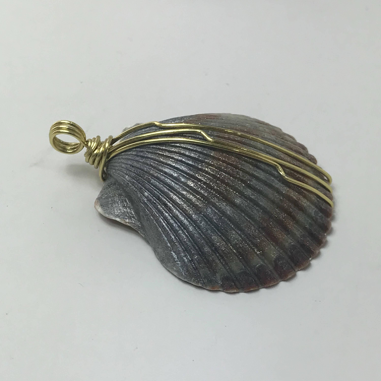 Seashell necklace seashell pendant sea shell pendant necklace seashell necklace seashell pendant sea shell pendant necklace mermaid necklace beach necklace aloadofball Gallery