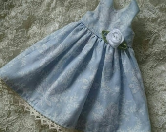 blythe dress,light blue with whit roses pattern,
