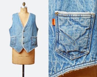 Vintage 70s LEVIS Denim Sherpa Fleece Vest Light Blue Sleeveless Levi Jean Jacket Top 1970s Grunge Biker Hipster Faded Button Up Large l