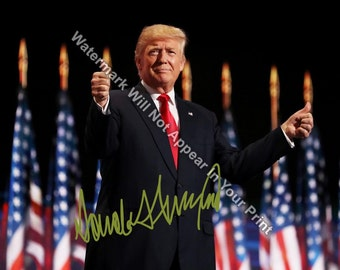 DONALD TRUMP Signed Reprint Make America Great Again Photo 2016 President DT14