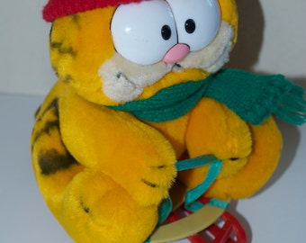Garfield Stuffed Plush Animal Christmas Sleigh Sled Hat Scarf 1981 Dakin 10""