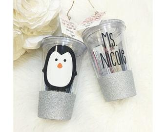 Personalized Penguin Glitter Acrylic Tumbler // Plastic Tumbler // Glitter Cup // Birthday Gift // Teacher Gift // Christmas Gift // Penguin