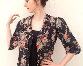 Beautiful 1930s silk jacket floral vintage antique