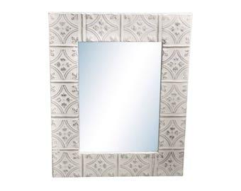 Diamond Tulip 22 in. x 34 in. Tin Mirror