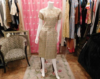 1950's Floral  Brocade  Dress/ 40-28-40/ pin up / plus size/true vintage  silk/