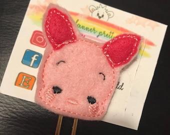 Piglet paper clip