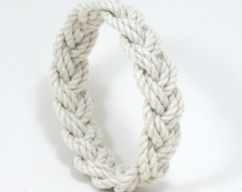 Rope Bracelet Narrow White Turks Head Knot