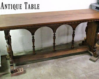 GoRGeouS & UNuSuaL ANTiQuE BuFFeT TaBLE - OVeR 100 YeaRS OLD!