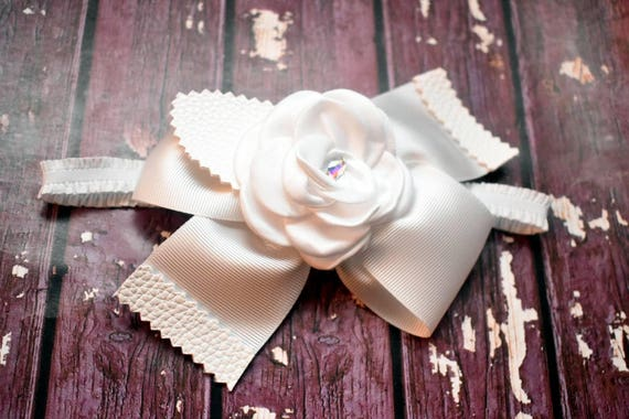 Elegant all white flower Bow - Baby / Toddler / Girls / Kids Headband / Hairband / Hair bow / Barrette / Hairclip / beauty and the beast