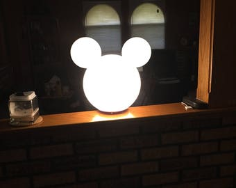 Exceptional Mickey Mouse Lamp Post Globe